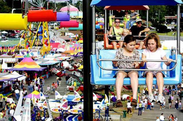 The Fair Well 1 es