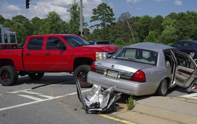 wreck-2-cars WEB