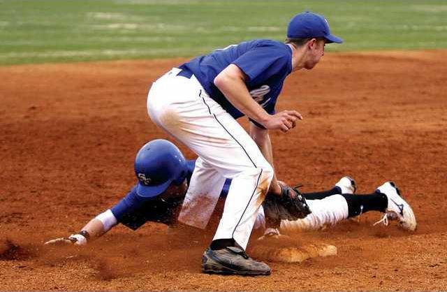 web-SFHS baseball 2 es