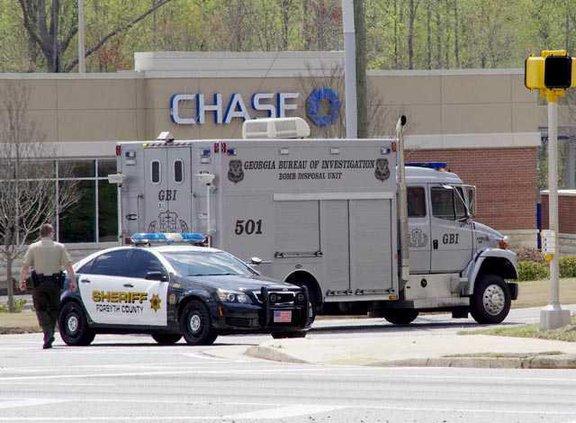 WEB 1 Chase bank robbed JD