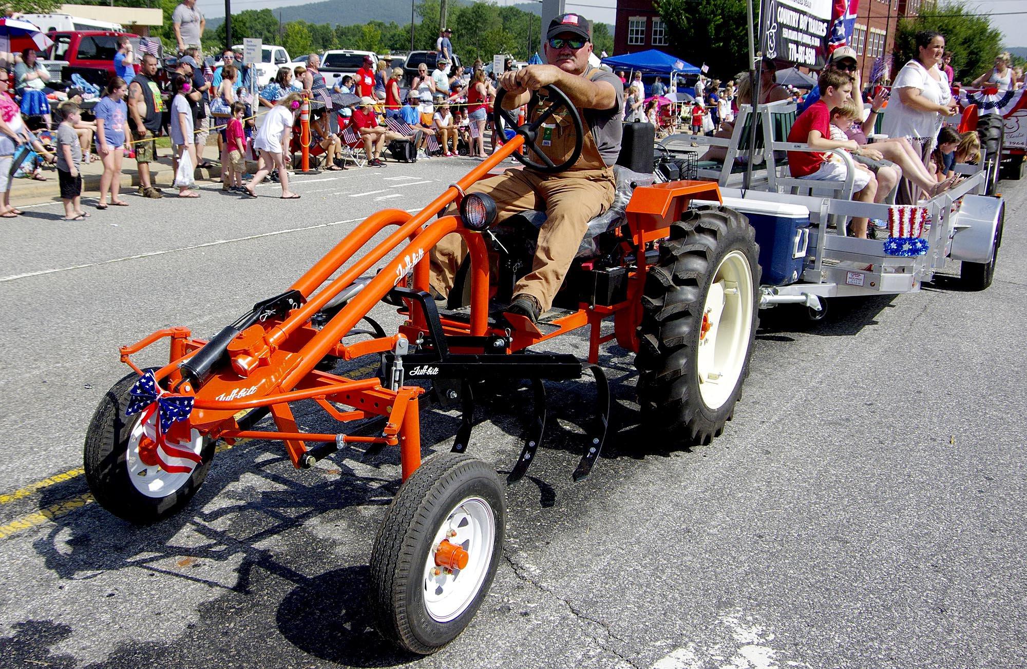 Tuff Bilt Tractor.jpg