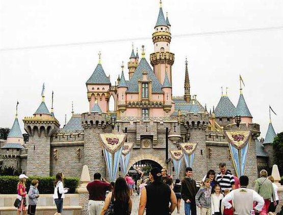 Disneyland 8 bj