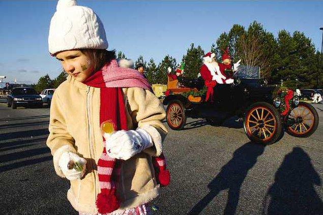 Christmas Parade 3 es