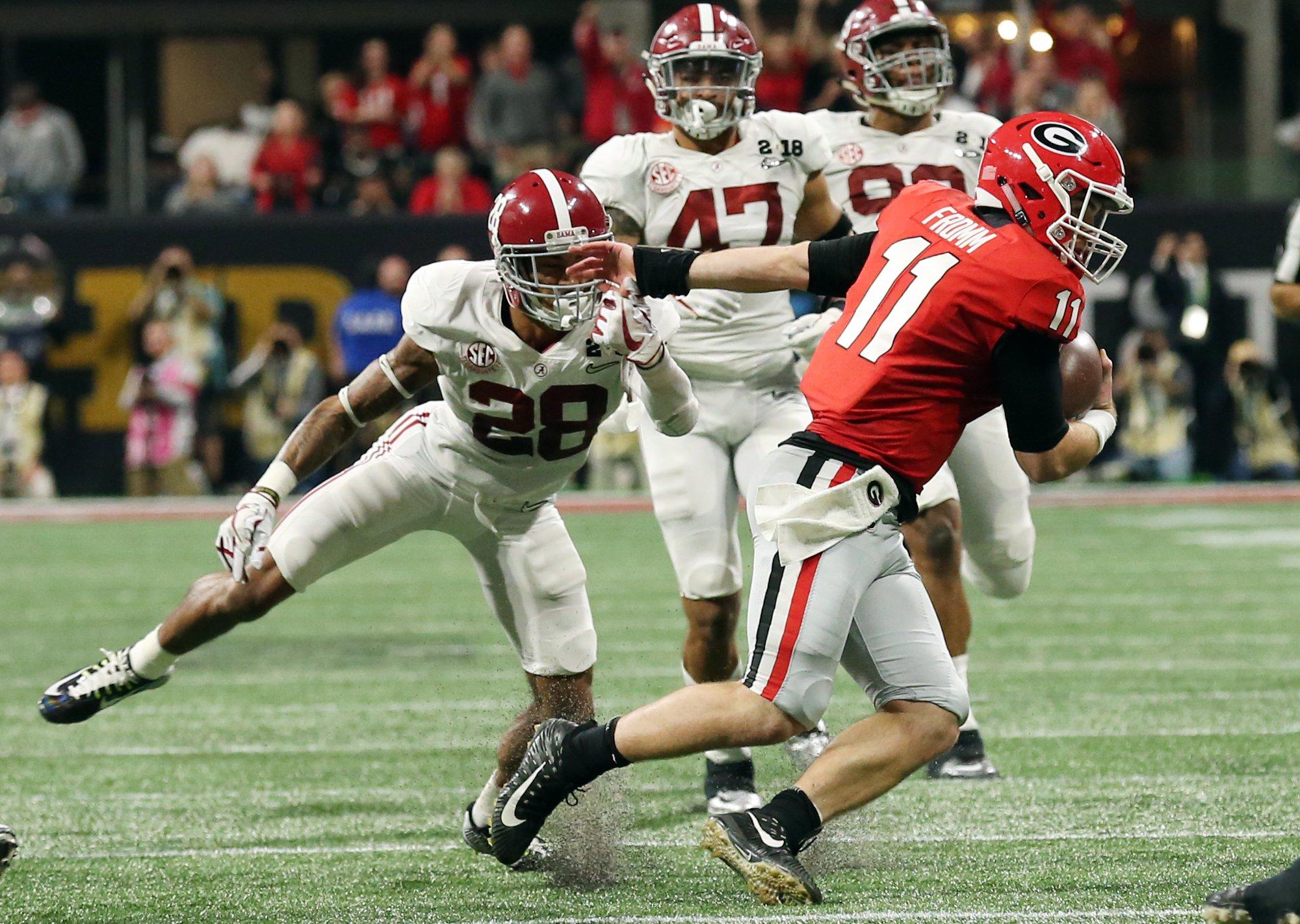 Alabama's Anthony Everett pressures Georgia QB Jake Fromm