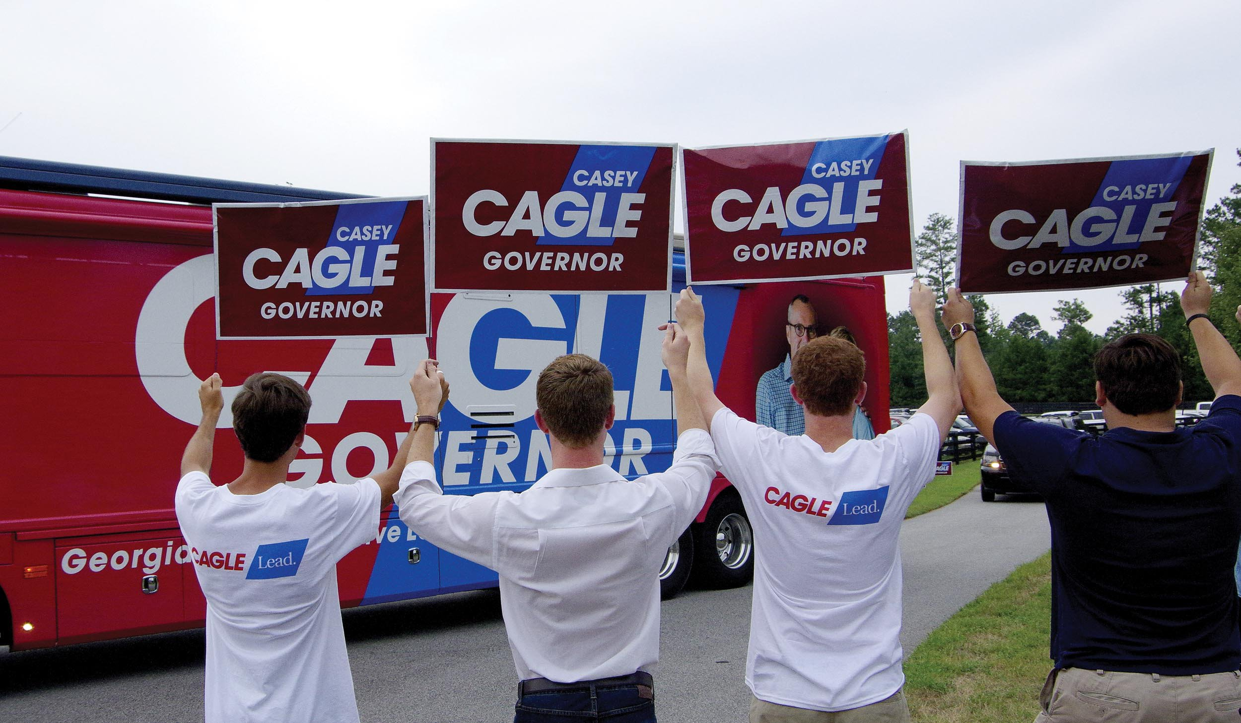 Cagle Campaign Bus arrives