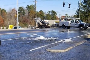 Water main break on Pilgrim Mill Road at Holtzclaw Road-courtesy Andrew Young