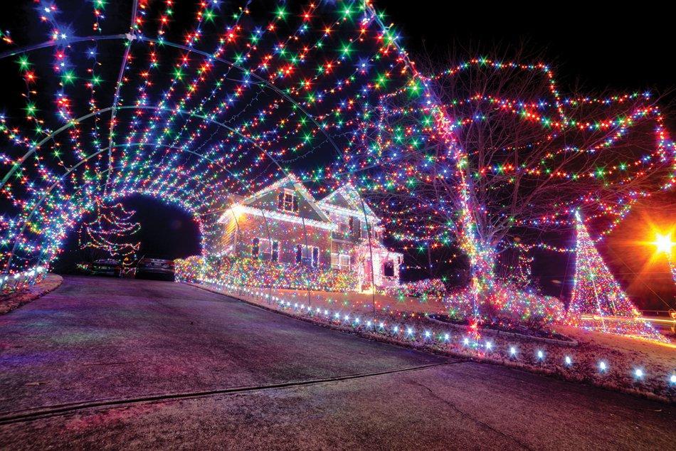 A ride through one Forsyth County neighborhood's Christmas light