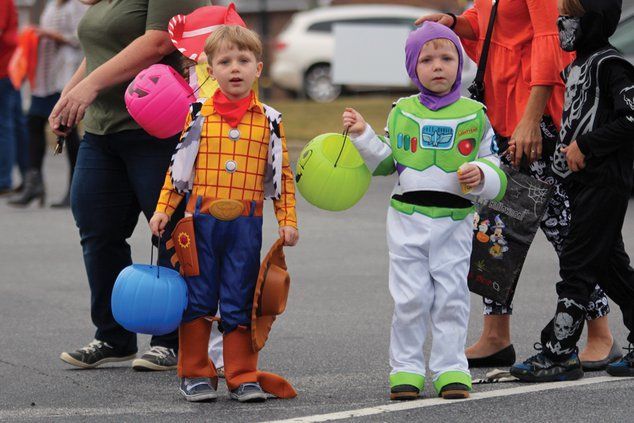 20191030_TrunkTreat_Costumes_3_web.jpg