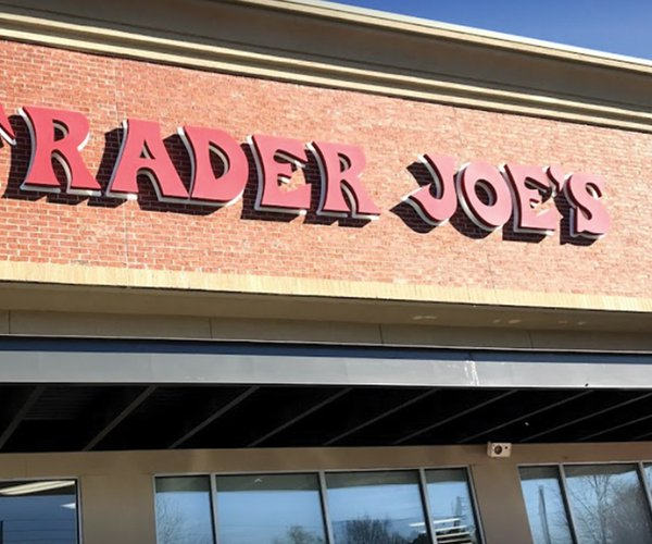 20200209_TraderJoes_1_web