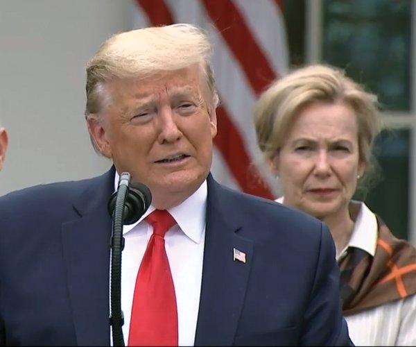 20200315_Trump_1_web