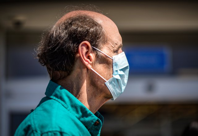 new cdc guidelines recommend americans wear face masks in