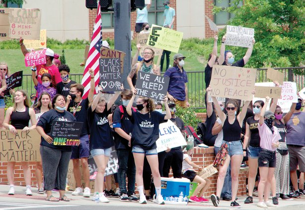 1A protesters closer shot.jpg