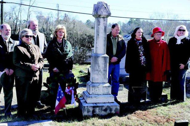 06112020 Hiram Parks Bell grave 1