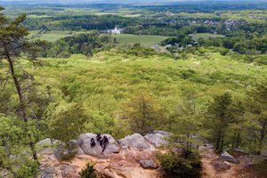 Sawnee Mountain