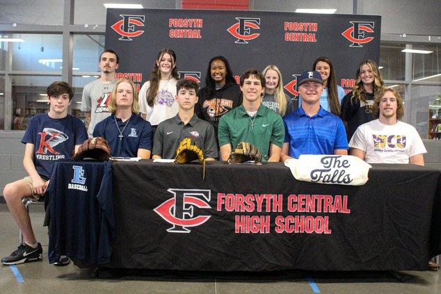 Central_signing1